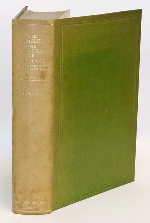 The families and genera of living rodents. With a list of named forms (1758-1936) by R. W. Hayman and G. W. C. Holt. volume two: Family Muridae. J. R. Ellerman.