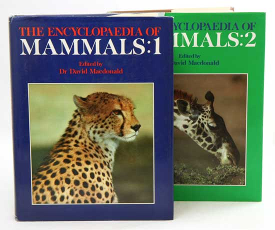 The encyclopaedia of mammals. David MacDonald.