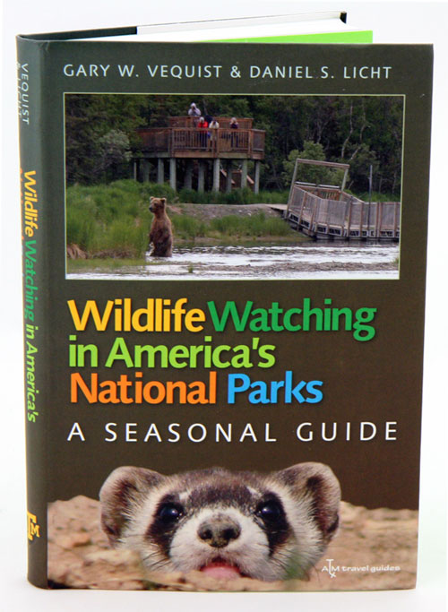 Wildlife watching in America's national parks: a seasonal guide. Gary W. Vequist, Daniel S. Licht.