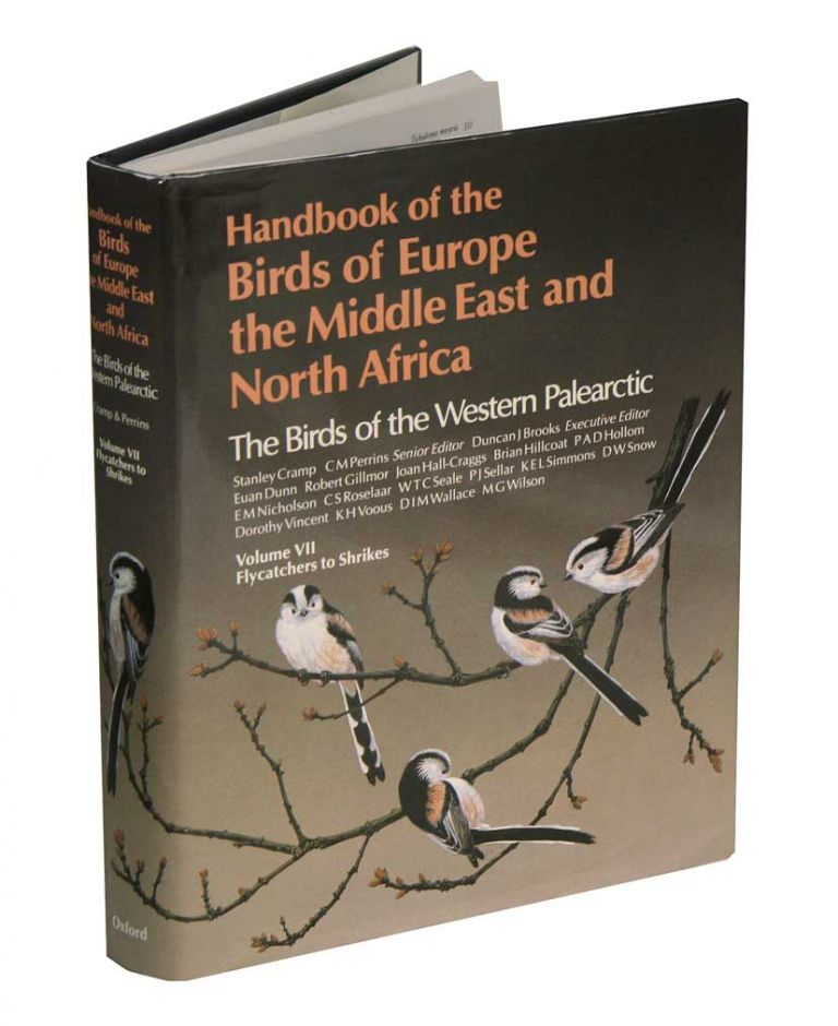 Handbook of the birds of Europe, the Middle East and North Africa. The birds of the Western Palearctic [BWP], volume seven: Flycatchers to shrikes. Stanley Cramp.