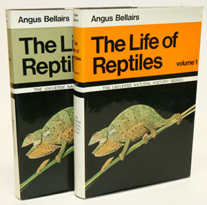 The life of reptiles. Angus Bellairs.