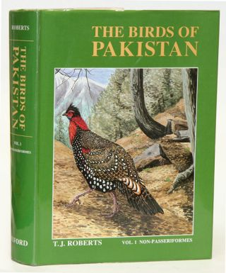 The birds of Pakistan, volume one: regional studies and non-Passeriformes. T. J. Roberts.